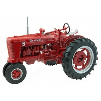 Tracteur antique Farmall Super MD