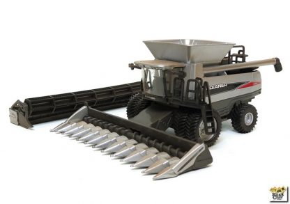 Agco Gleaner a76 toy combine