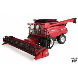 Batteuse Case 8240 en jouet Big Farm 1/16